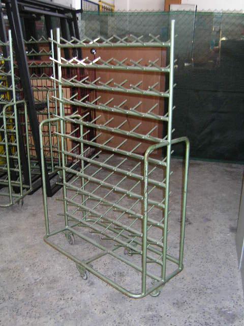 Scansie In Ferro.Vendita Materiale Varie